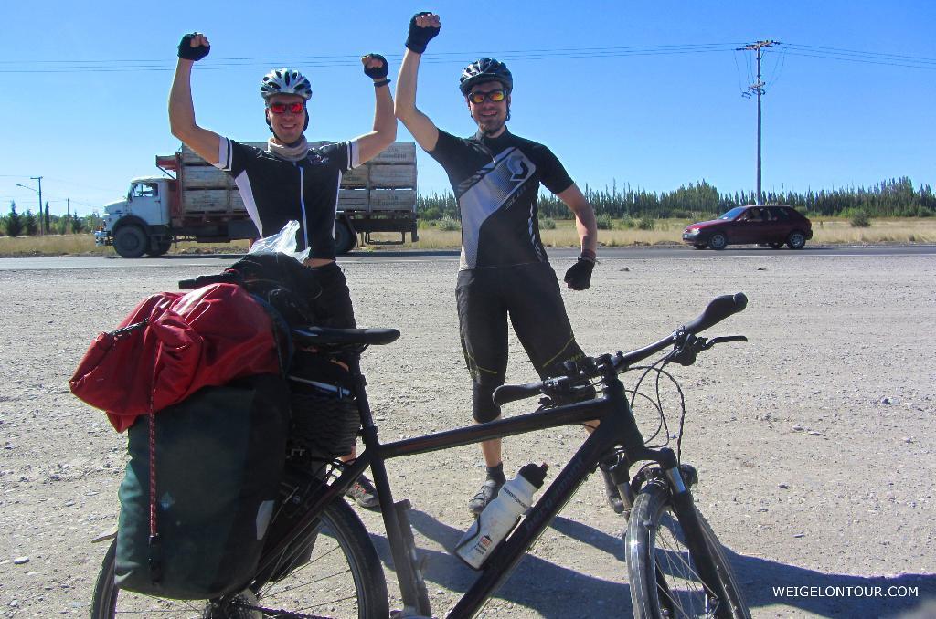 Freude am Straßenrand - 1000 Kilometer sind geschafft!