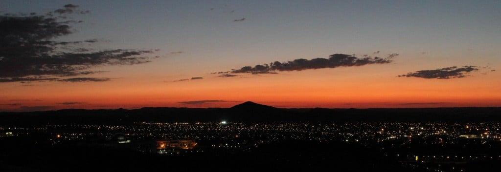 Abendlicher Blick auf Windhuk.