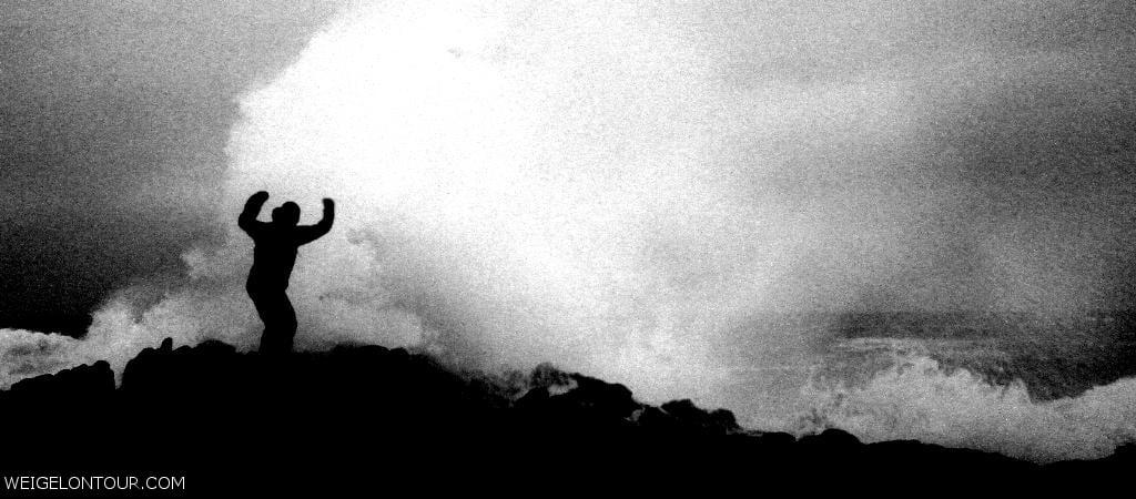 Wind und Wellen an der Wildcoast. Nach diesem Fotoshooting konnte Martin Wasser aus seinen Wanderstiefeln kippen.